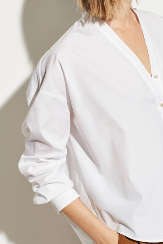 Vince V-Neck Button Down in Optic White - 바로출고