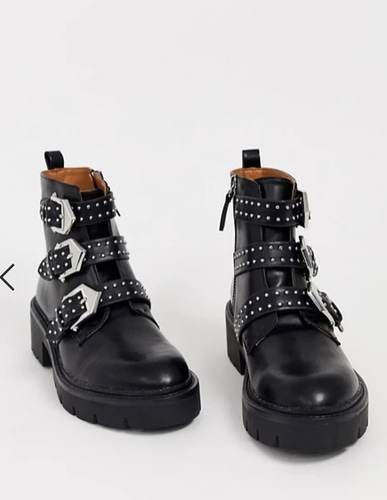 Pull&Bear boots